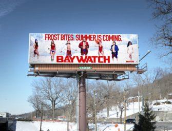 Погодозависимые билборды «Спасателей Малибу» напоминают американцам, что лето не за горами