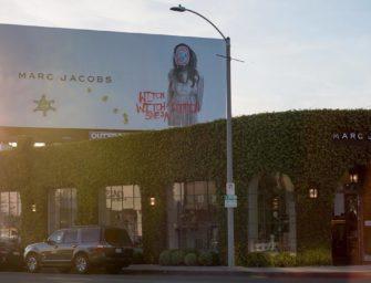 Дочь Курта Кобейна «повредила» билборд с рекламой Marc Jacobs