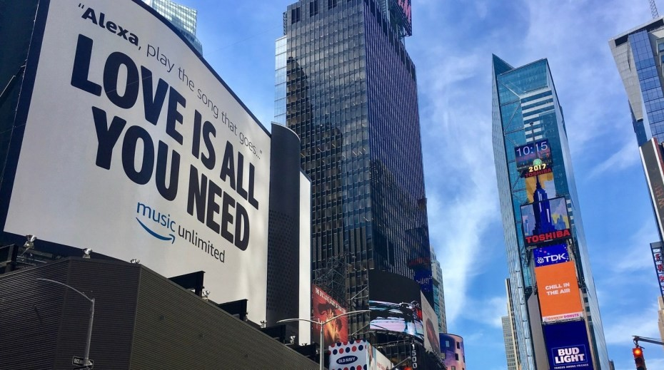 Amazon-Echo-installation-Times-Square