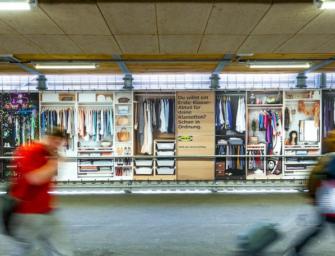 IKEA превратила переход в самый длинный гардероб