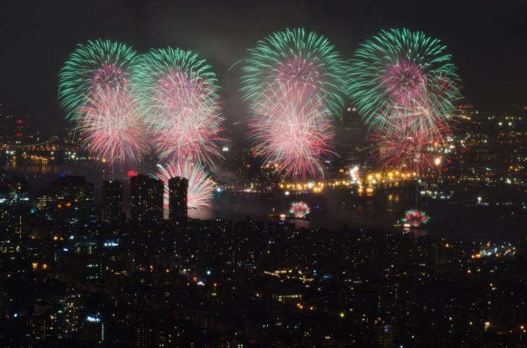 macys-fireworks-2016