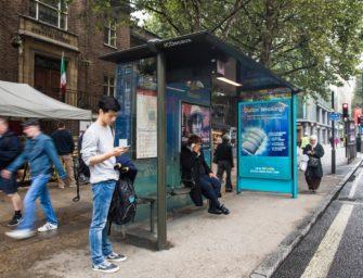 Perrigo продвигает в Лондоне Никвитин с помощью «мятной» автобусной остановки