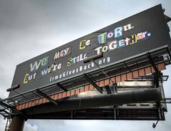 Во Флориде появился «пэчворк»-билборд для помощи жертвам урагана