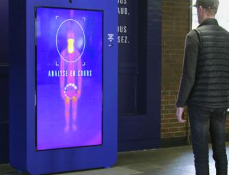 Реклама Sport Experts заставила пассажиров метро разогреться