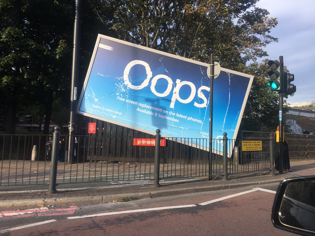O2-broken-billboard-Primesight
