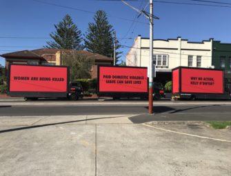 Три билборда австралийских профсоюзов