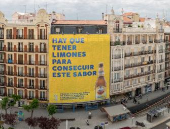 Amstel в Мадриде разместил брандмауэр из лимонов