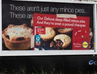 Сеть супермаркетов Lidl «захватила» наружную рекламу конкурентов
