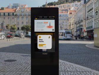 Рекламно-інформаційні термінали TOMI навчилися визначати пішоходів без масок